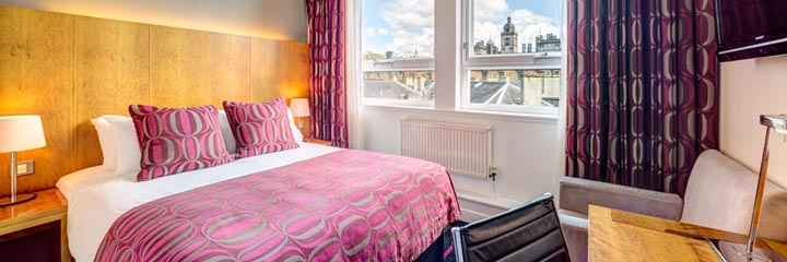 A City Double bedroom at the Apex Grassmarket Hotel, Edinburgh