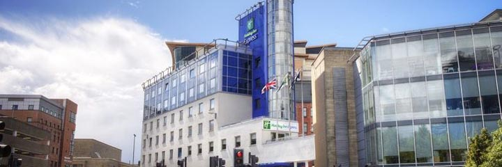An exterior view of the Holiday Inn Express Glasgow City Centre Theatreland