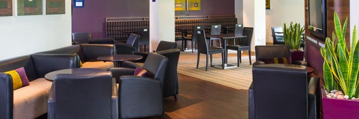 The lounge area at the Holiday Inn Express Stirling