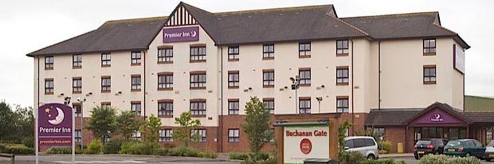 An exterior view of the Premier Inn Glasgow Stepps M80 hotel