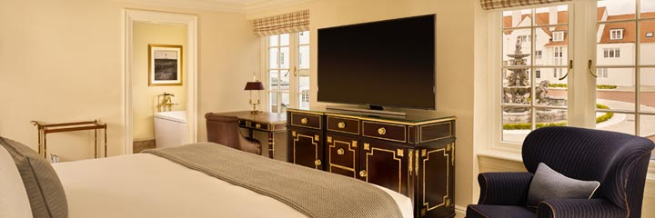 A deluxe non-ocean view bedroom at the 5* Trump Turnberry Hotel