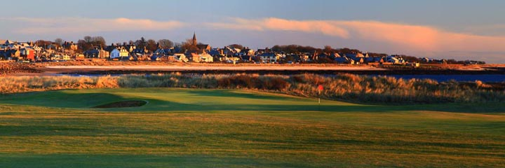 The 18th hole on the Buddon course at Carnoustie Golf Links