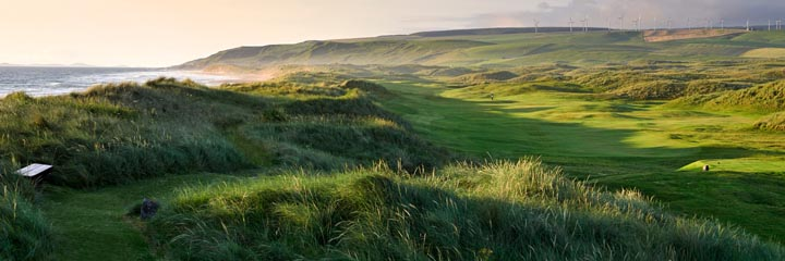 The 16th hole at Machrihanish Dunes golf links