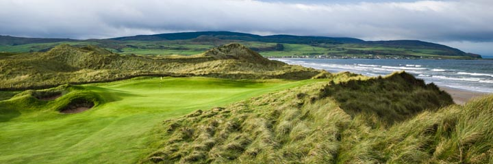 The 15th hole at Machrihanish Dunes golf links